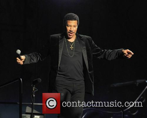 Lionel Richie and Arena 1