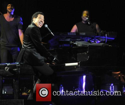 Lionel Richie and Arena 11