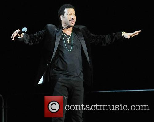 Lionel Richie and Arena 7
