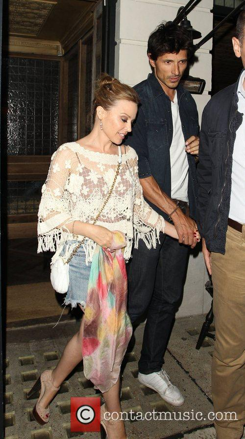 kylie minogue and her boyfriend andres velencoso 4067112