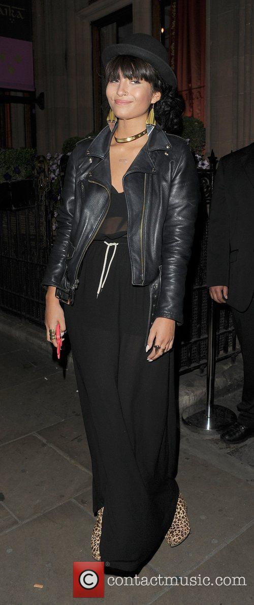 yasmin out and about in mayfair london 3999517