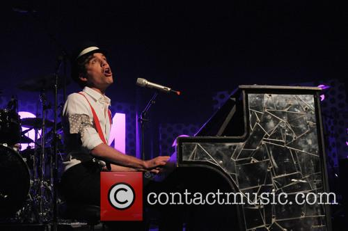 Mika and The Roundhouse 12