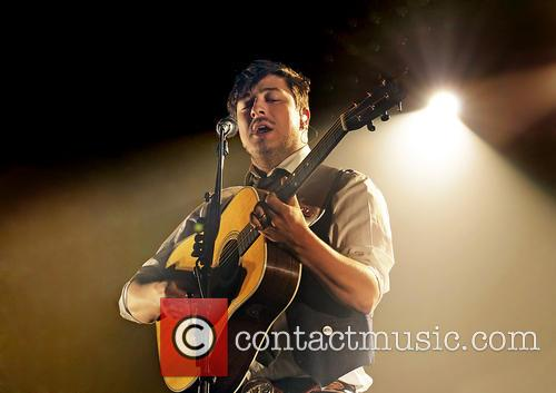 Mumford & Sons, Sons Performing and Manchester Arena 7