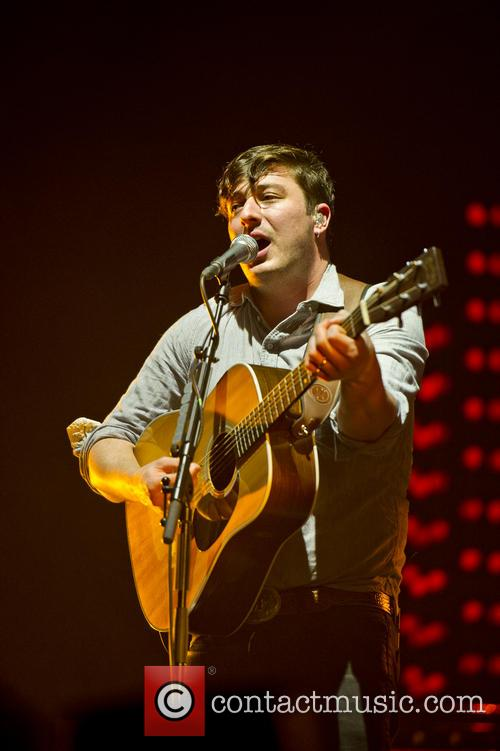 Mumford & Sons and O2 Arena 3