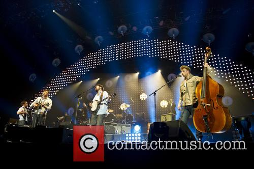 Mumford & Sons and O2 Arena 5