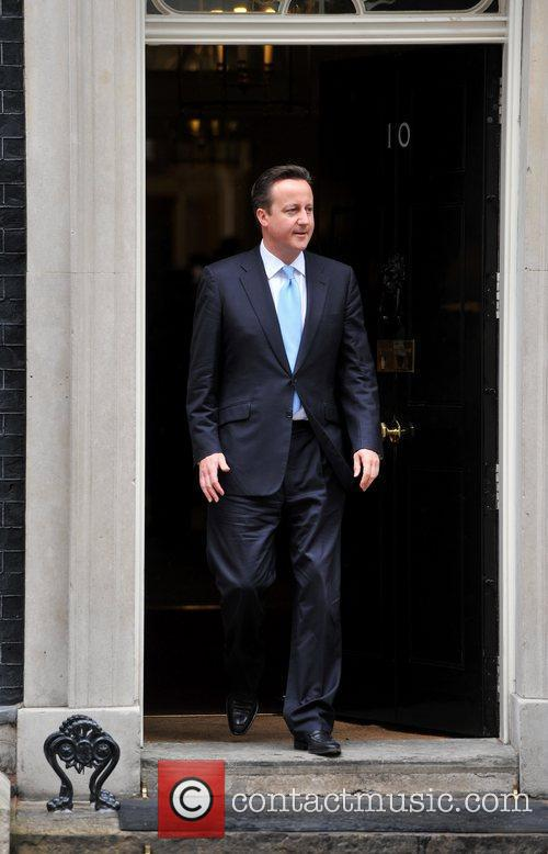 David Cameron  meets Burmese opposition politician Aung...