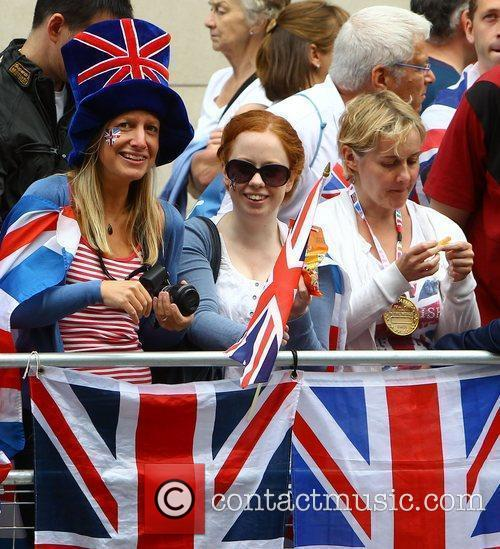 Crowds gather outside St Pauls Cathederal ahead of...