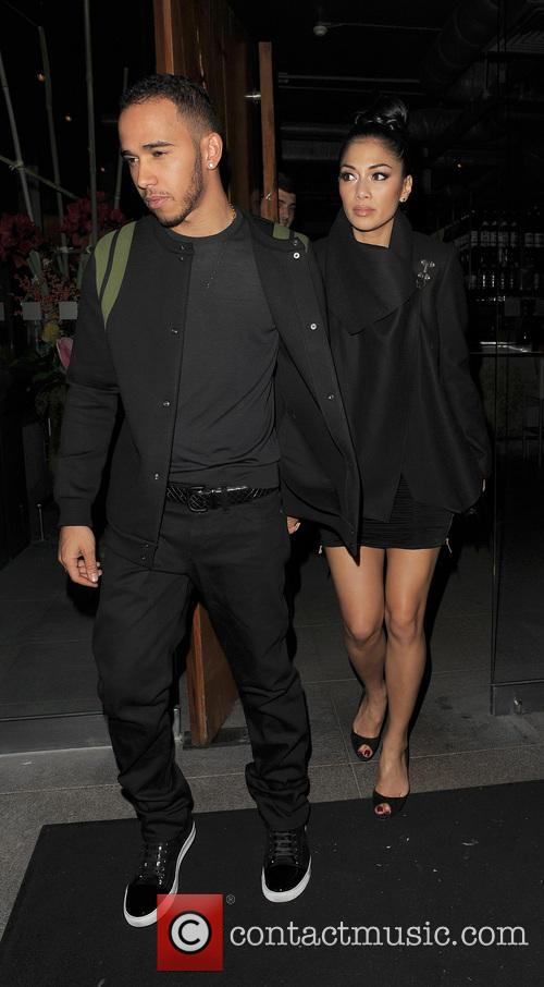 nicole scherzinger and boyfriend lewis hamilton leaving 20023394