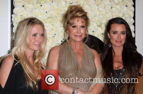 Kim Richards, Kathy Hilton and Kyle Richards 4