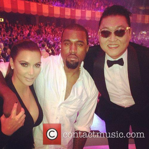 Random Celebrity Twitter pals of 2012**  Kim...