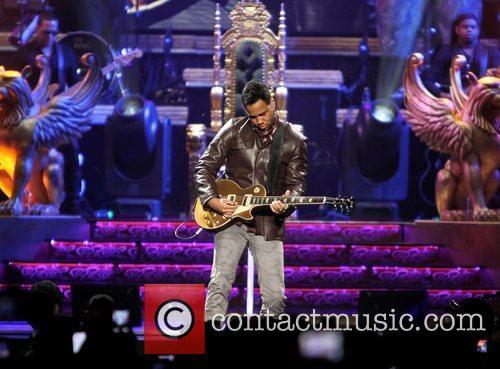 romeo santos performing live in concert at 3748119