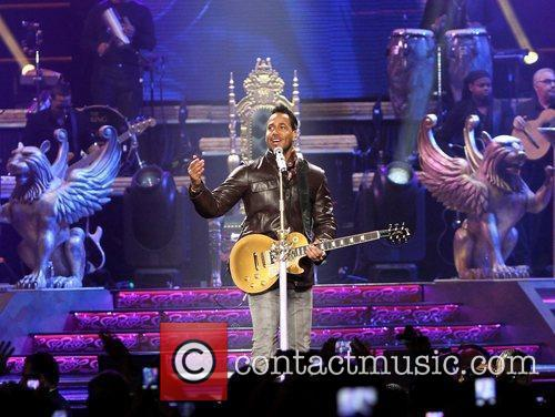 romeo santos performing live in concert at 3748122
