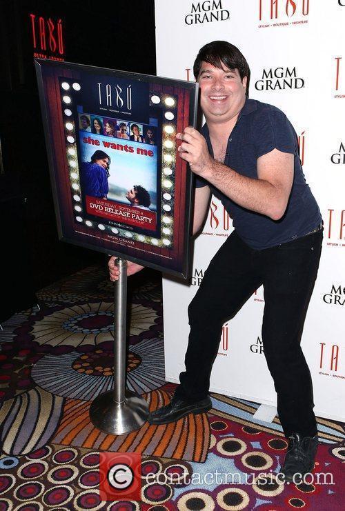 Joel Michaely  She Wants Me Cast Celebrates...