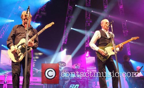 Rick Parfitt and Francis Rossi Status Quo performing...
