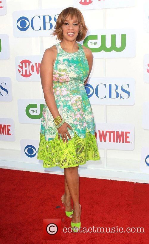 Gayle King and Beverly Hilton Hotel 4