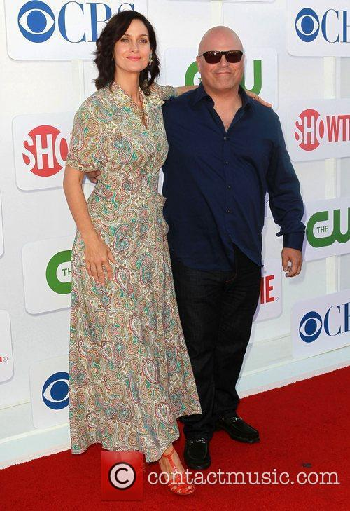 Michael Chiklis, Carrie-anne Moss and Beverly Hilton Hotel 4