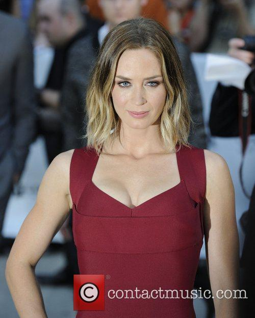 emily blunt looper premiere arrival during the 4062425