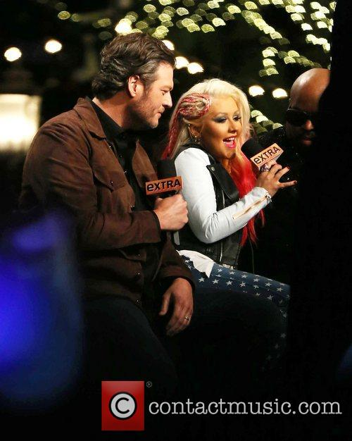 Blake Shelton and Christina Aguilera 1