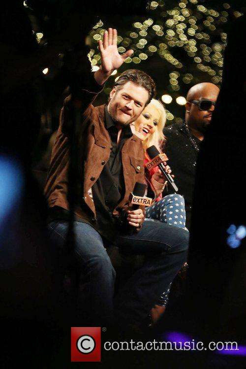 Blake Shelton and Christina Aguilera 4