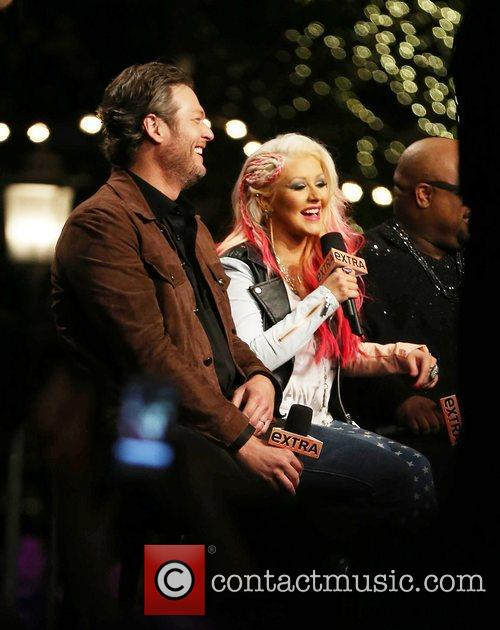 Blake Shelton and Christina Aguilera 6