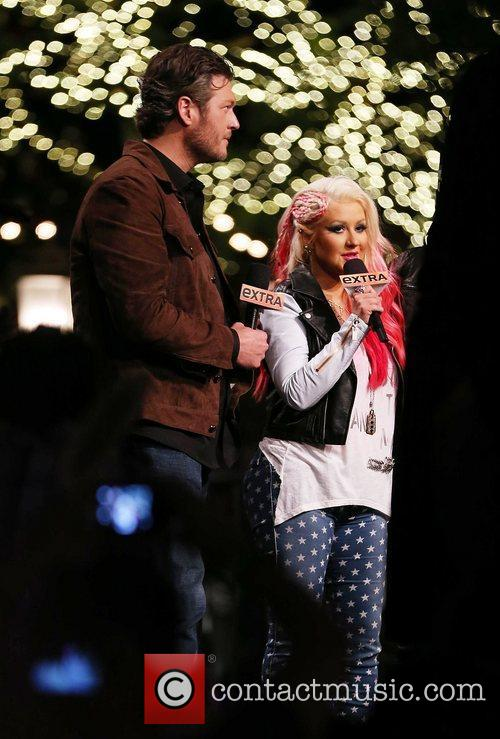 Blake Shelton and Christina Aguilera 11