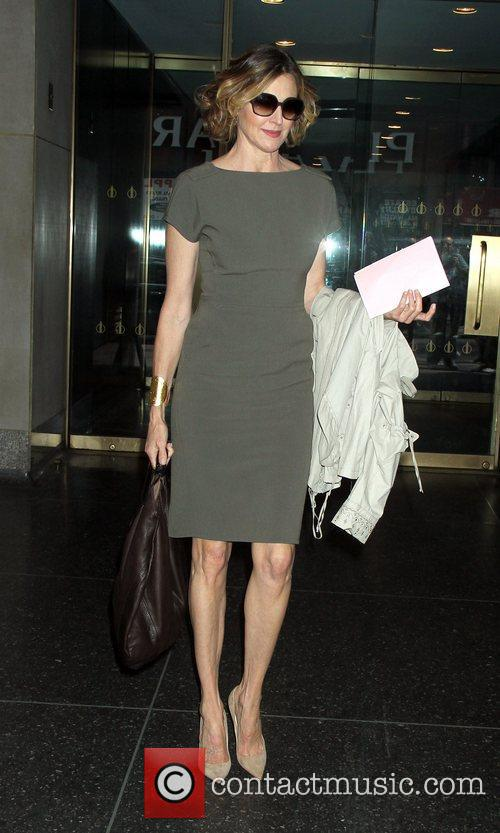Brenda Strong Leaving the Today Show after talking...