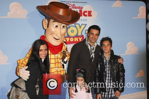 Gilles Marini, family  Disney On Ice presents...