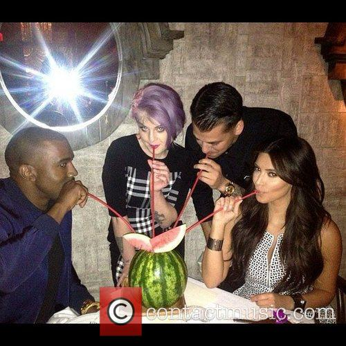 Kim Kardashian, Kanye West, Kelly Osbourne and Rob Kardashian 1