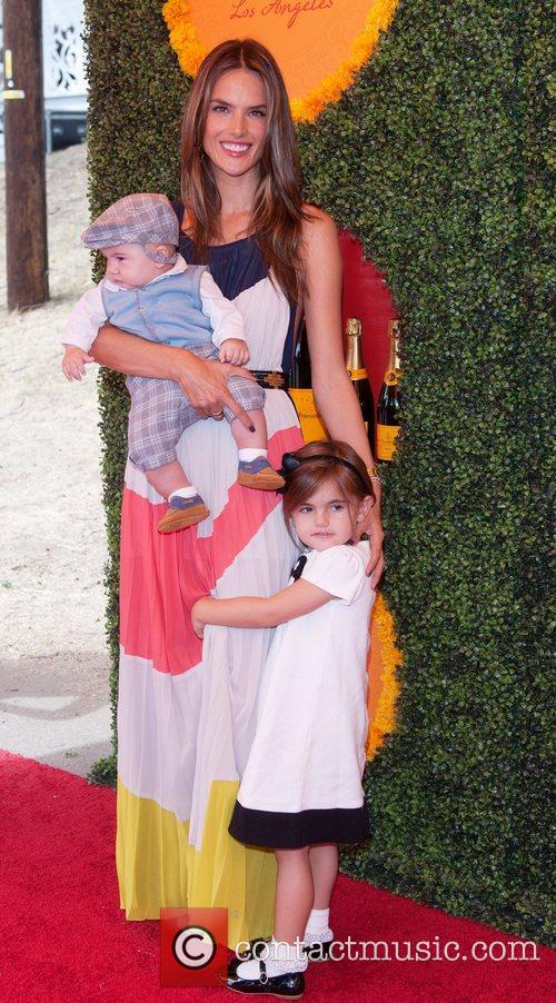 Jamie Mazur, Alessandra Abrosio and her children Anja...
