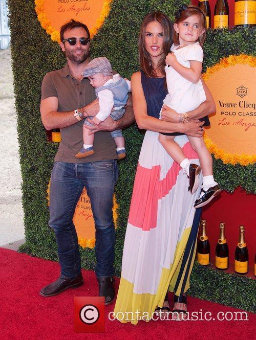 Jamie Mazur, Alessandra Abrosio and their children Anja...