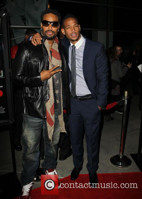 Shawn Wayans and Marlon Wayans 4