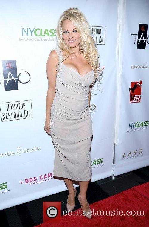 pamela anderson a night of new york 5940613