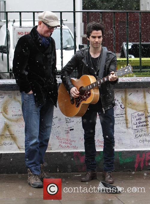 Chris Evans and Kelly Jones 4