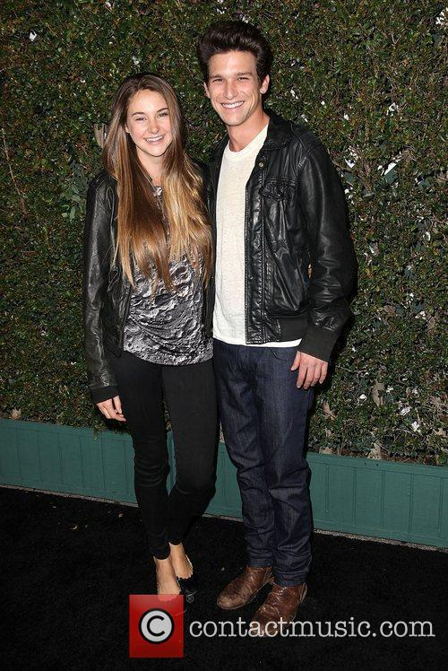 Daren Kagasoff and Shailene Woodley 1