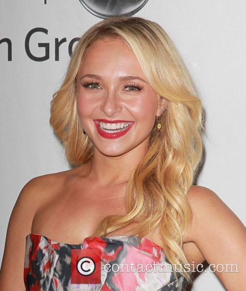 Hayden Panettiere and Beverly Hilton Hotel 2