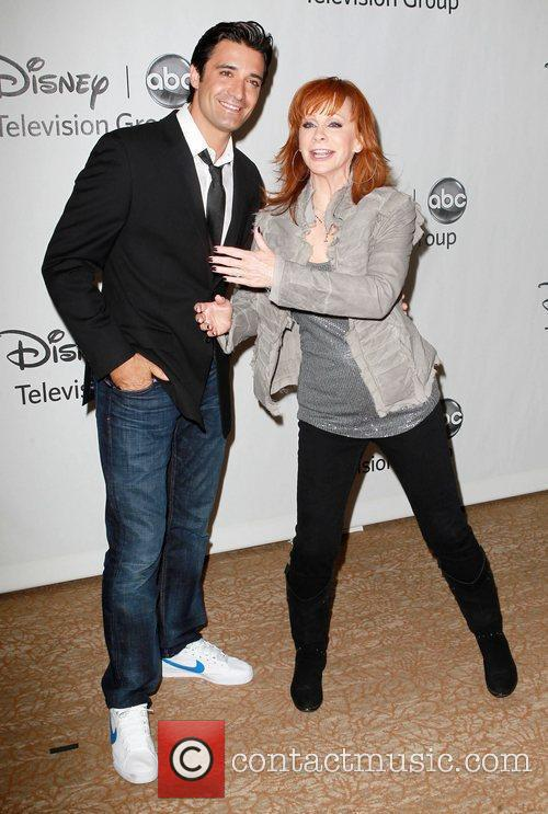 Gilles Marini, Reba Mcentire and Beverly Hilton Hotel 2