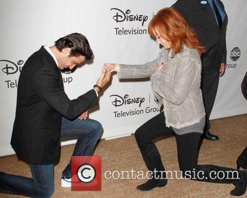 Gilles Marini, Reba Mcentire and Beverly Hilton Hotel 6