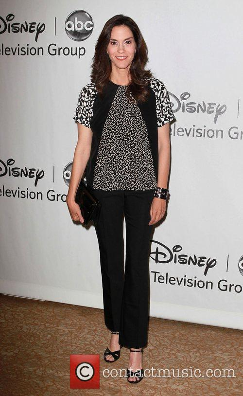 Jami Gertz and Beverly Hilton Hotel 2