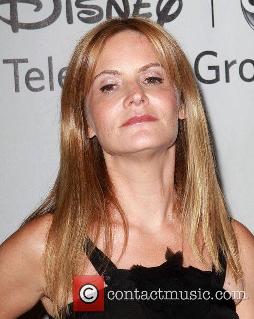 Jennifer Jason Leigh and Beverly Hilton Hotel 1