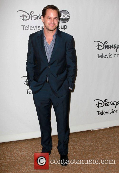 Kyle Bornheimer and Beverly Hilton Hotel 1
