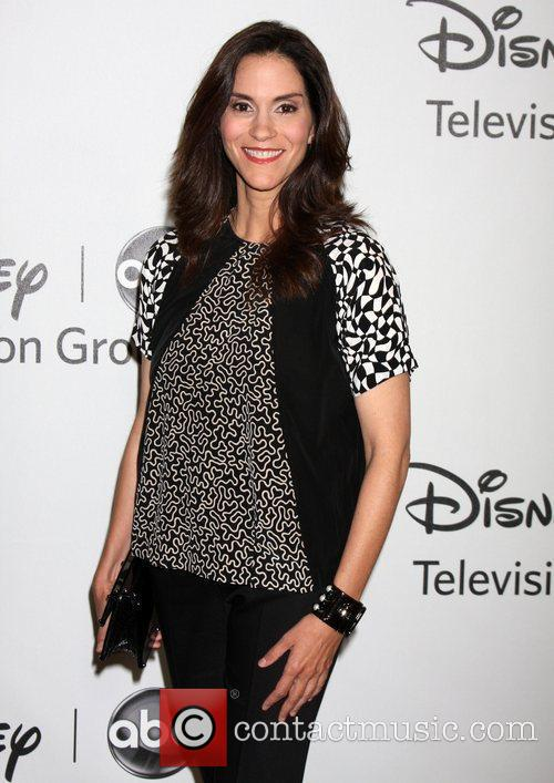 Jami Gertz and Beverly Hilton Hotel 1