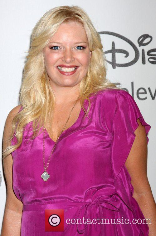 Melissa Peterman and Beverly Hilton Hotel 1