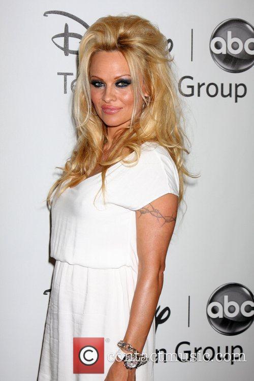 Pamela Anderson 59