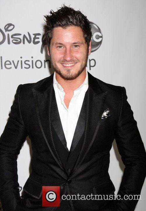 Val Chmerkovskiy and Beverly Hilton Hotel 1