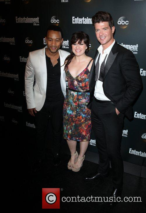 John Legend, Kelly Clarkson and Robin Thicke 2