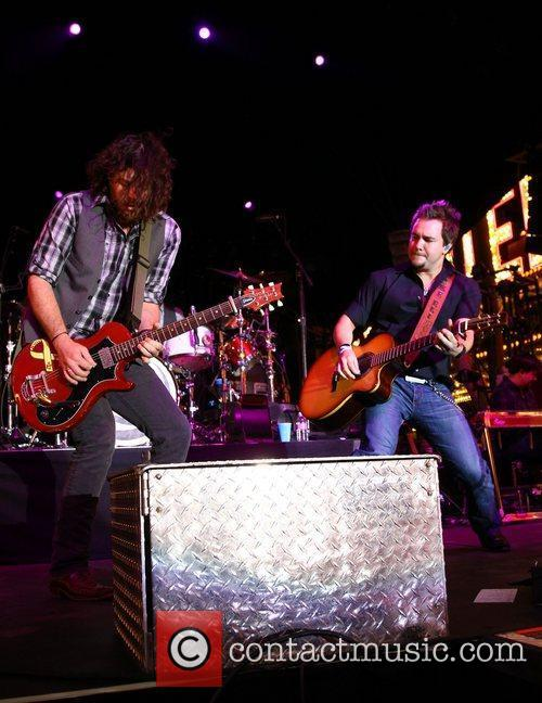 Eli Young Band, James Young, Mike Eli 2012...