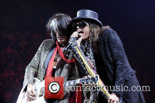 Steven Tyler and Joe Perry 15