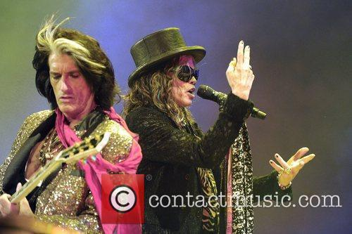 Steven Tyler and Joe Perry 16
