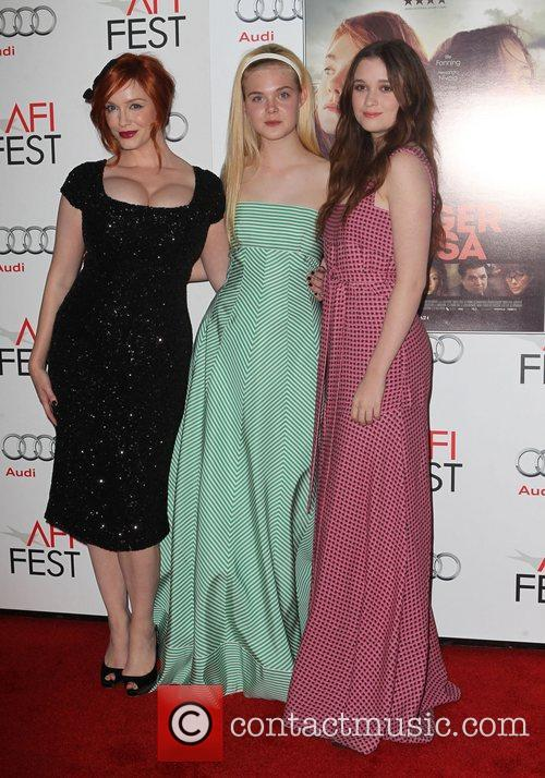 Christina Hendricks, Elle Fanning, Alice Englert and Grauman's Chinese Theatre 4