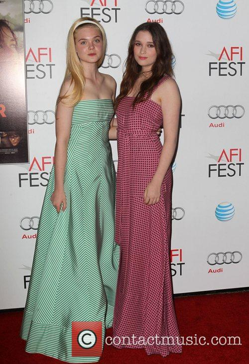 Elle Fanning, Alice Englert and Grauman's Chinese Theatre 5